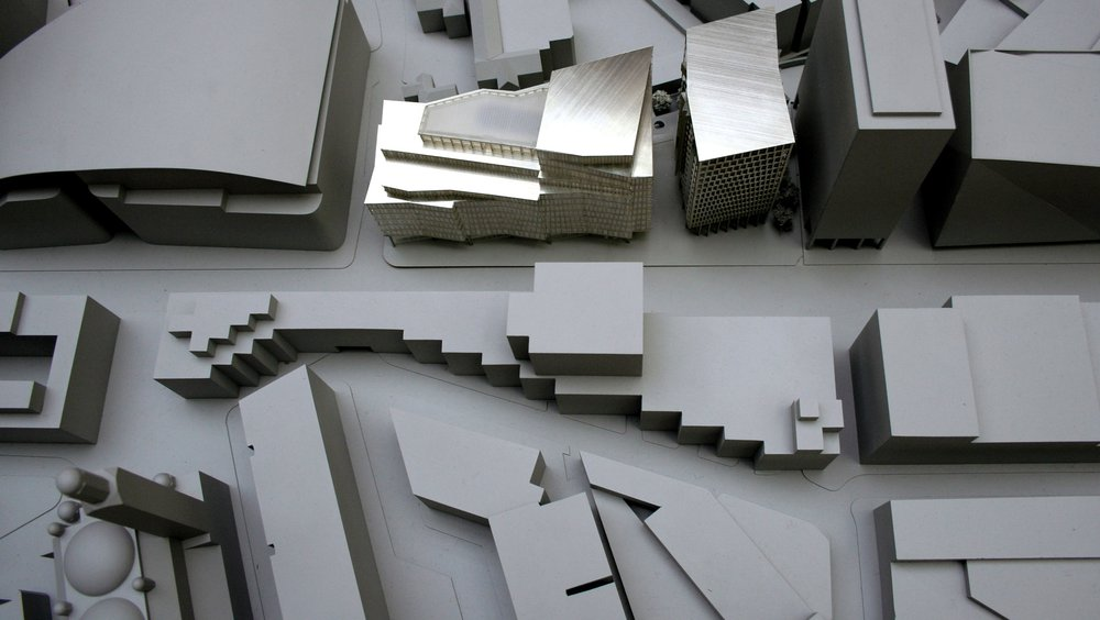 The_Zig_Zag_Building_Scrapbook_MODEL-PHOTO-P-LYNCH.jpg