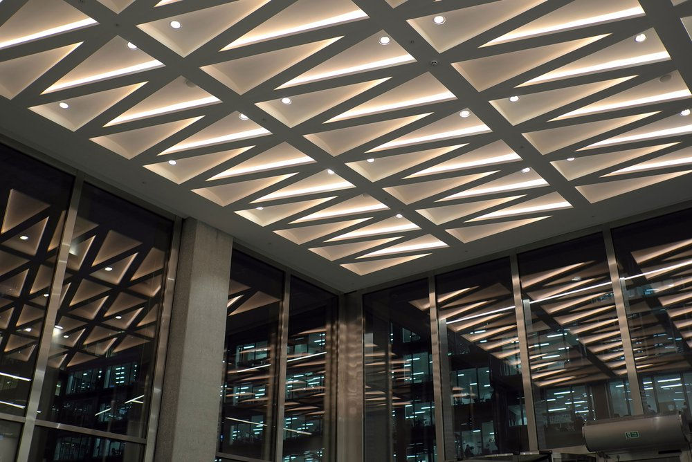 Vicky_Ceiling_Light_ZZ-ENTRANCE-LOBBY-CEILING-AT-NIGHT.jpg